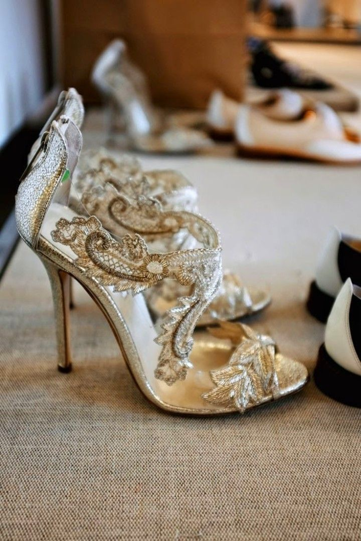 Gold wedding shoes 1000 ideas about gold wedding shoes on emasscraft org junglespirit Choice Image