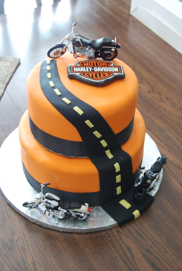 Harley Davidson Wedding Cake Adorable
