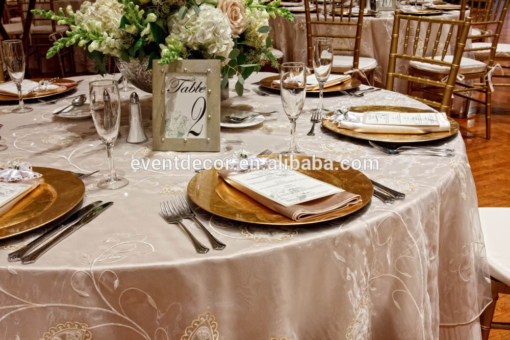 Wedding Charger Plates & Gold Charger Plates Wedding | Wedding Tips and Inspiration