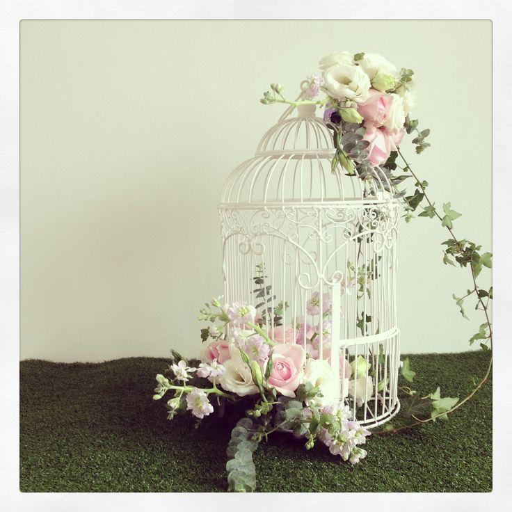 decorating a birdcage for a wedding. Black Bedroom Furniture Sets. Home Design Ideas