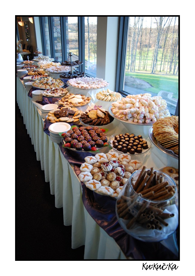 28+ [1000 ideas about cookie table wedding on]