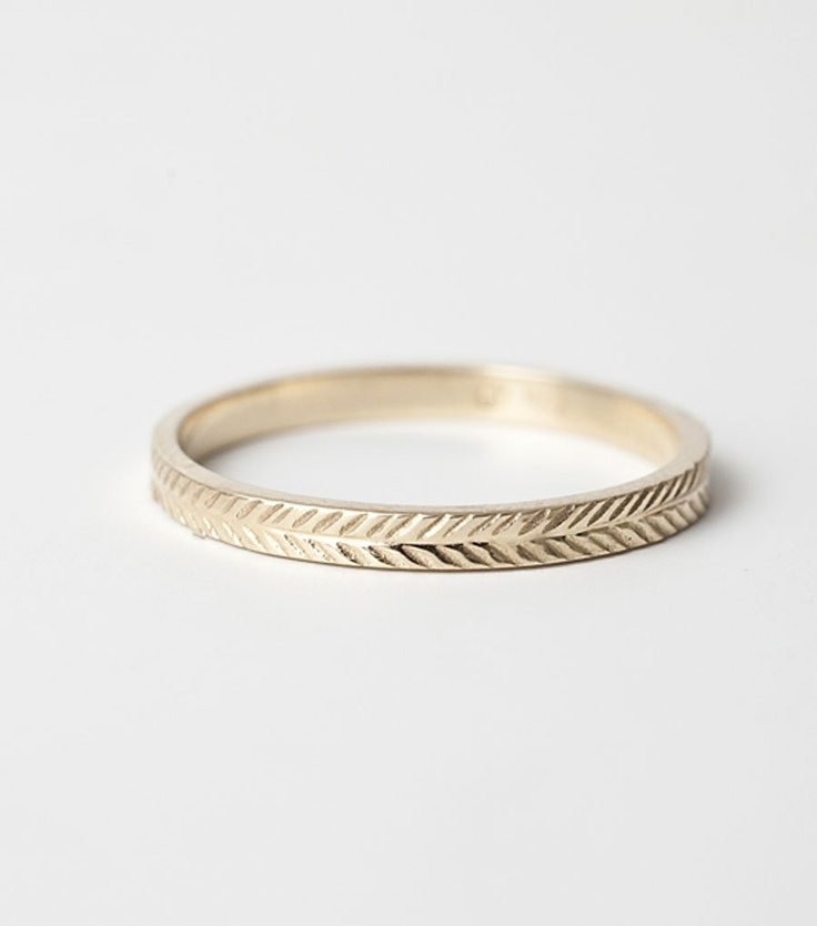 Simplistic Bands: Beautiful Simple Wedding Rings