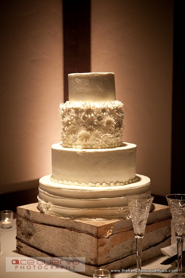 Wedding Cake Stand Ideas