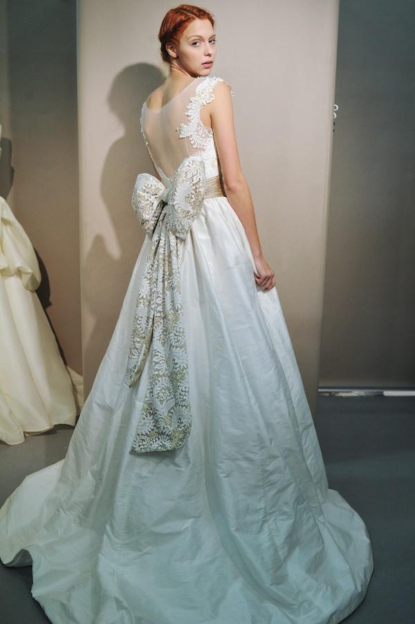 wedding dresses bows