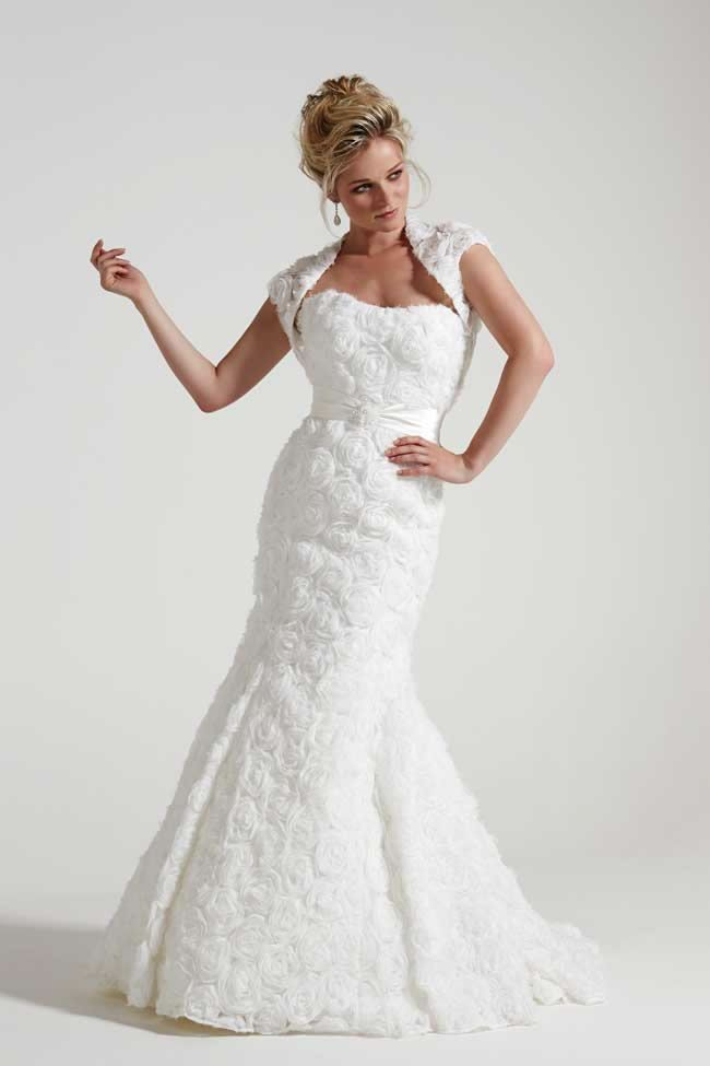 Wedding dress for 50 year old brides for Wedding dress for 60 year old