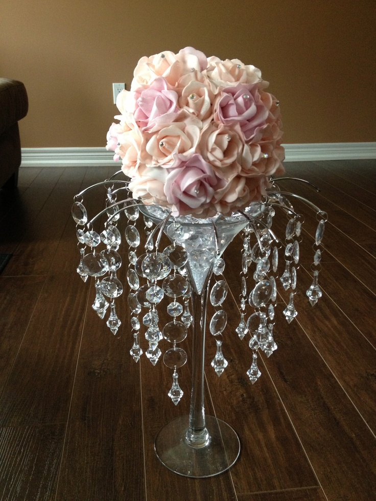 Martini glass centerpieces for weddings