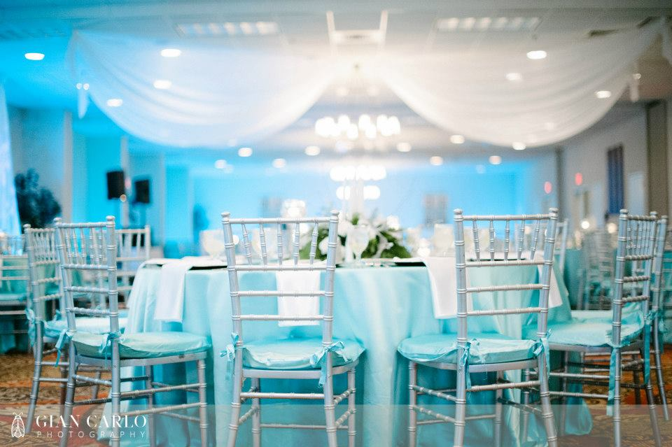 Knoxville Wedding Vendor White Table 1000 Images About Reception Decor Chair Covers Linens On