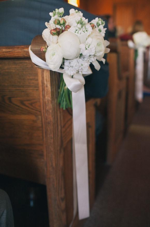 church wedding decorations ideas pews. Black Bedroom Furniture Sets. Home Design Ideas