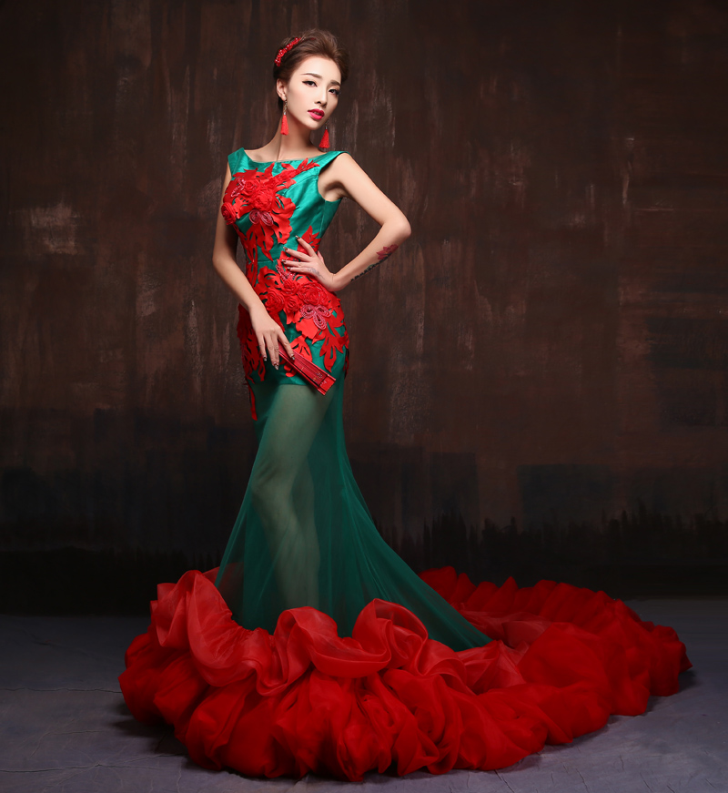 Red And Green Wedding Dress