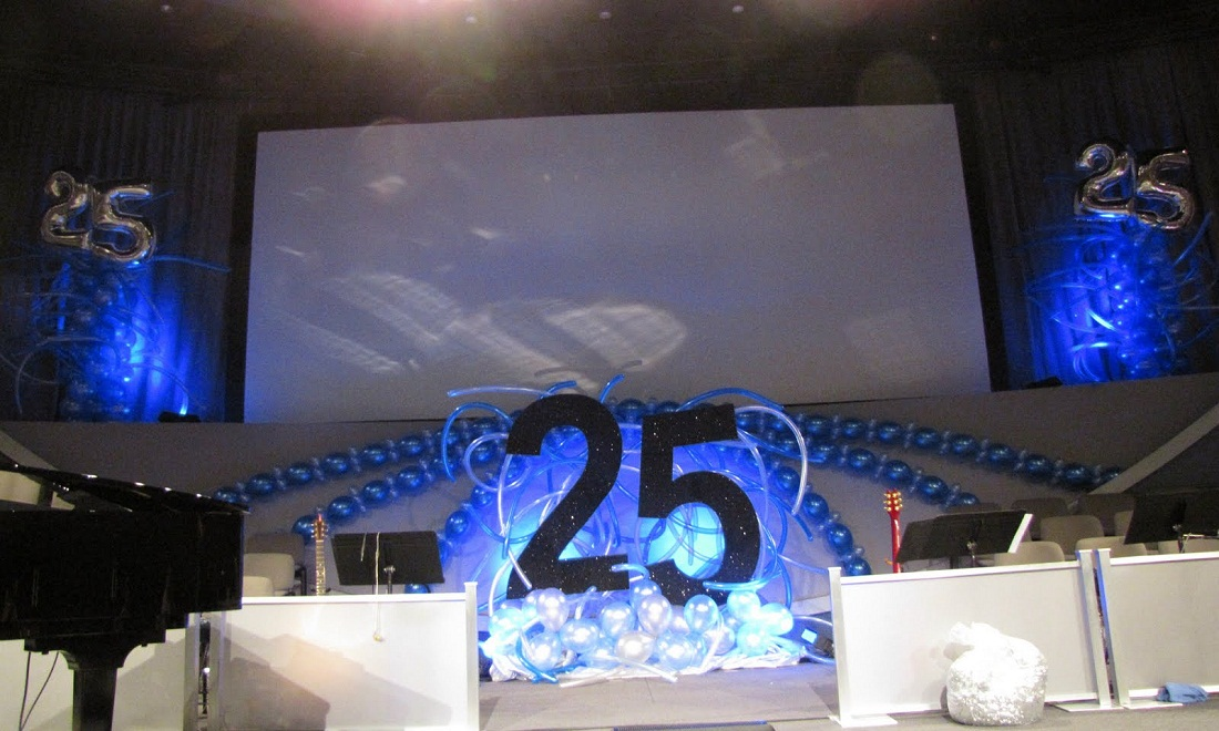 25th wedding anniversary party themes For25th Wedding Anniversary Stage Decoration