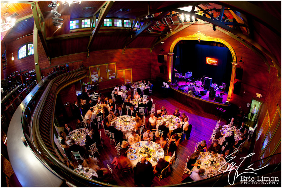 Unique Wedding Venues In Ma A At Infinity Music Hall By Ct Photographer Eric Limon