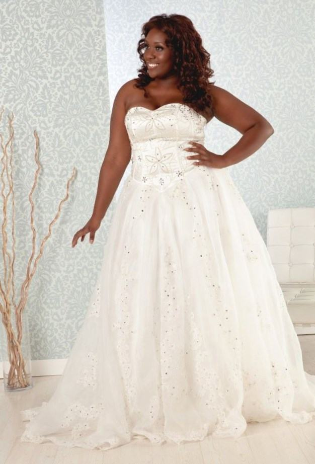 black_women_in_wedding_dresses_9.jpg