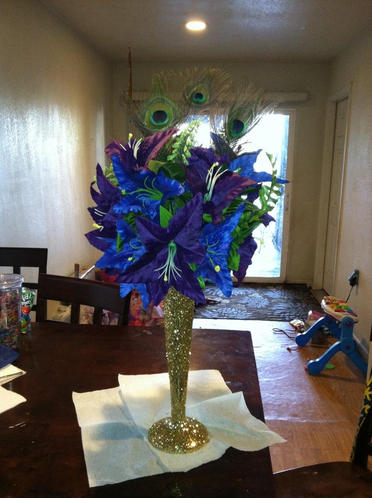 Peacock centerpieces for weddings