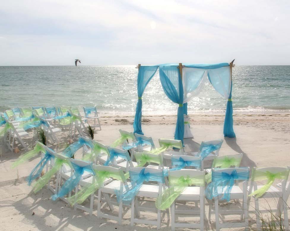 Florida Beach Wedding Style By Suncoast Weddingssuncoast Weddings Turquoise