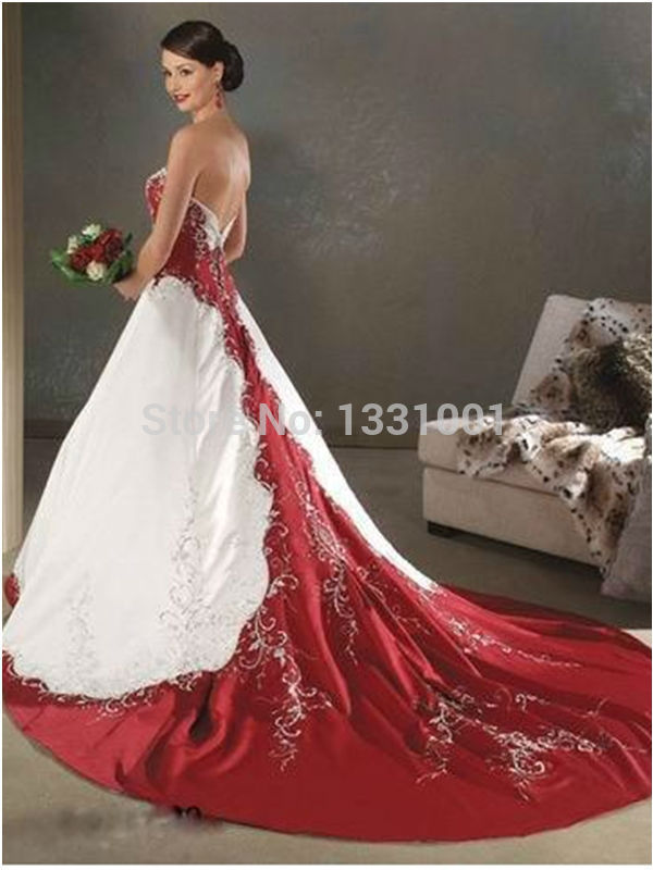 White wedding dress with red how to look chic in red and white wedding dresses junglespirit Gallery