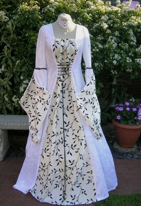 Wiccan wedding dress pagan medieval wedding dresses dawns medieval dresses junglespirit Image collections