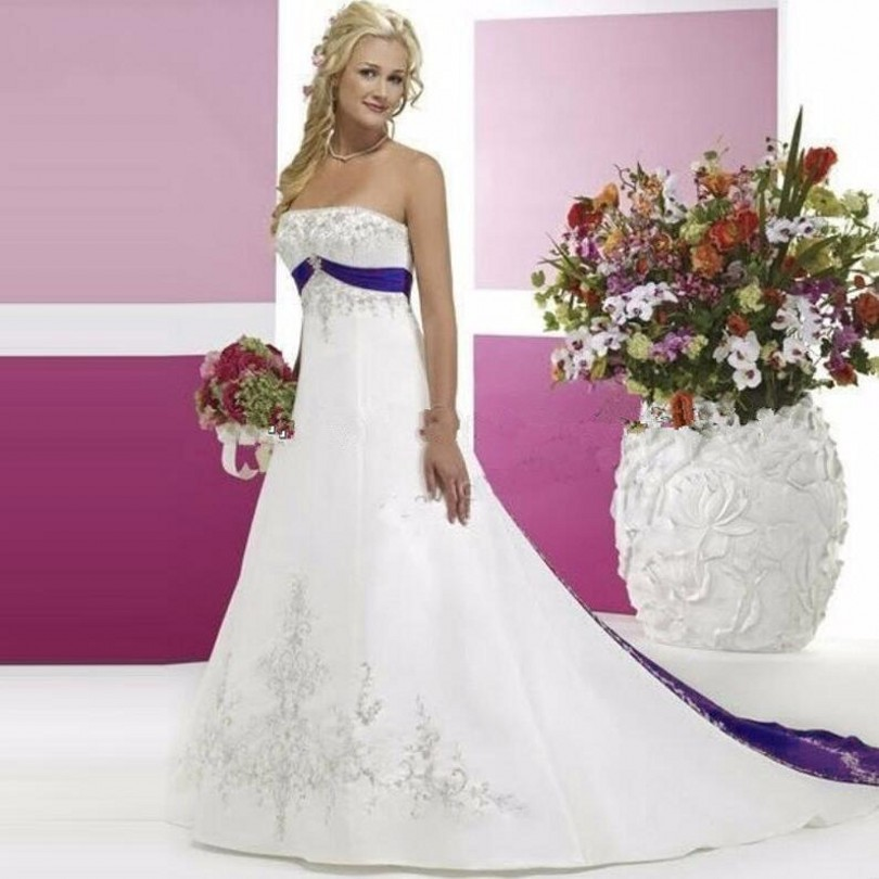 White and purple wedding dress pictures