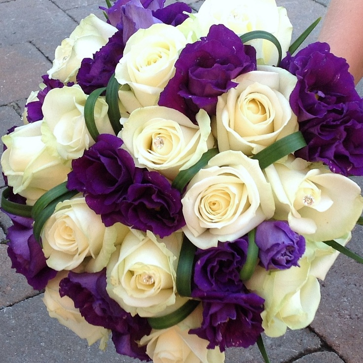 Purple And Cream Bouquets For Weddings