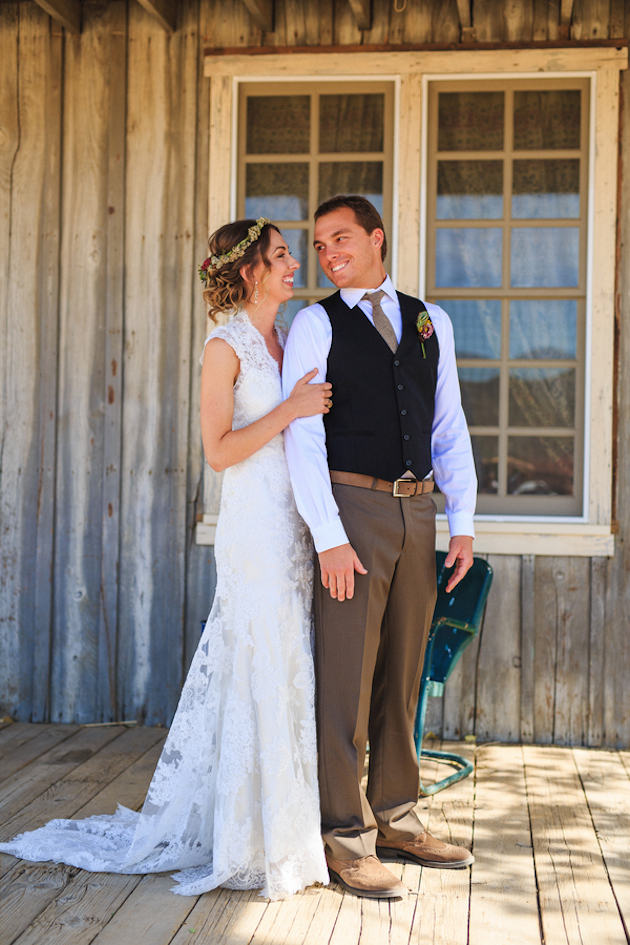 romantic western wedding with chic rustic details 3 - Western Wedding Attire For Mother Of The Groom
