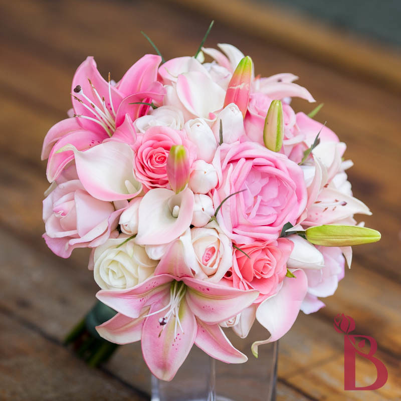 wedding bouquets with stargazer lilies and roses stargazer and wedding bouquet 8544