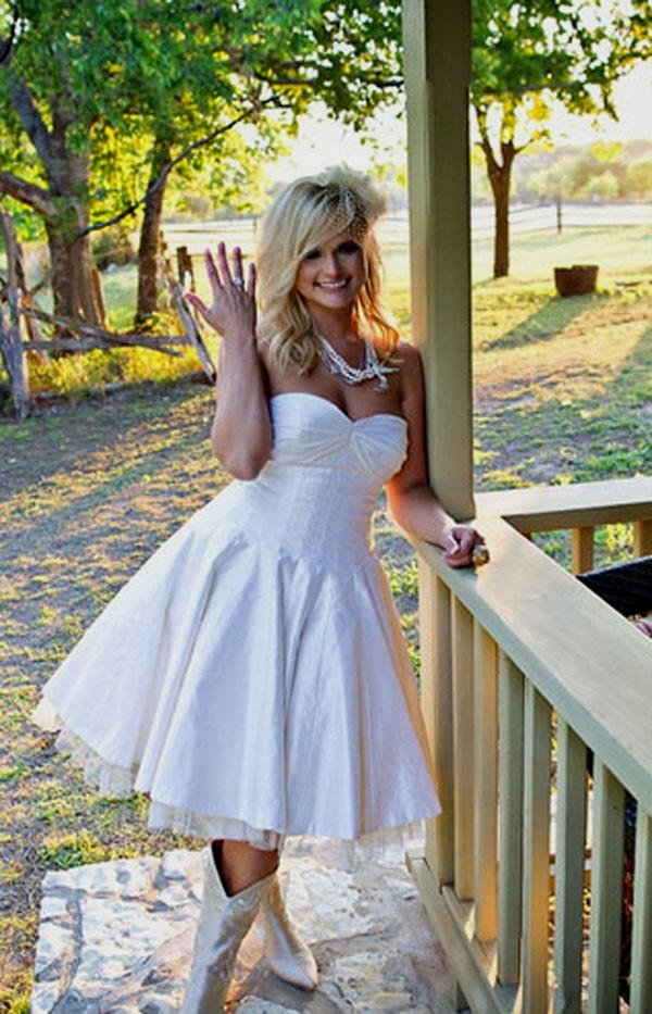 country wedding dresses with cowboy boots country wedding dress with boots 3129