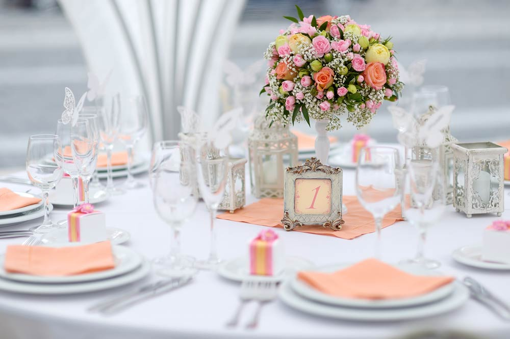 Table decorations for wedding wedding table decoration ideas at stylesnatcher wedding decoration junglespirit Images