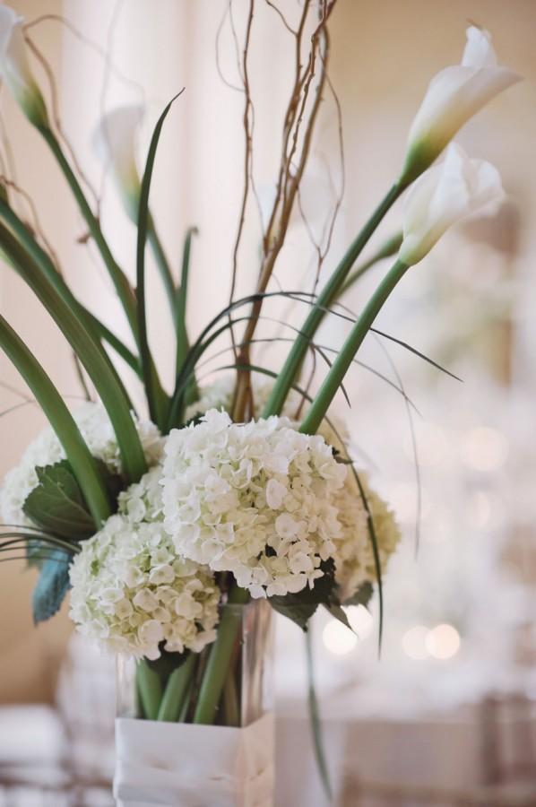White Hydrangea Wedding Decorations: Sliver pedestal white classic ...