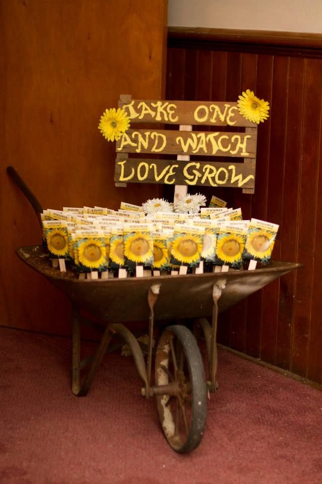 1000 Ideas About Country Wedding Favors On Emasscraft Org Fall Rustic Weddings