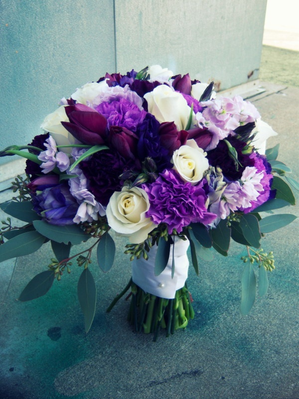 White and purple rose wedding bouquet
