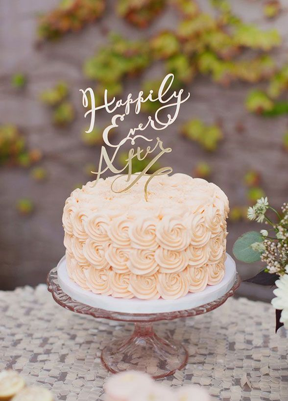 Lovely 1000 Ideas About Small Wedding Cakes On Emasscraft Org