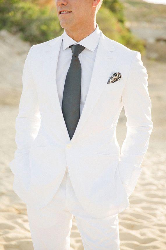 White Wedding Tuxedos For Groom