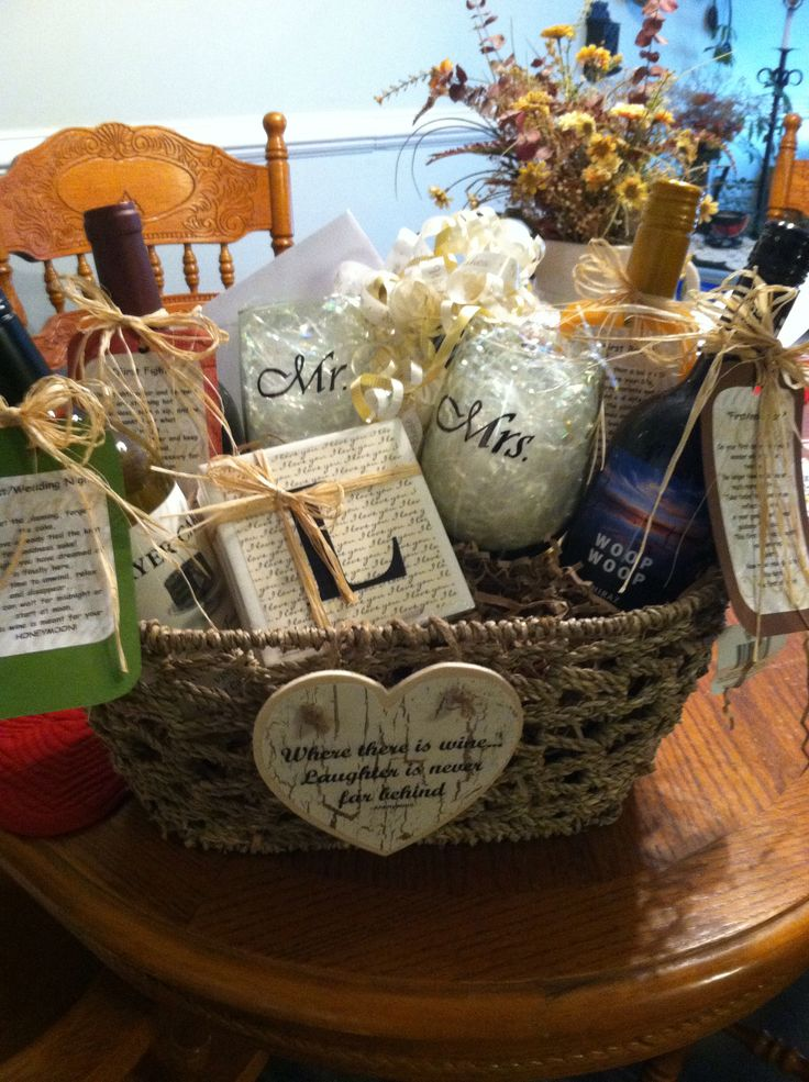 Wedding gift baskets for the couple