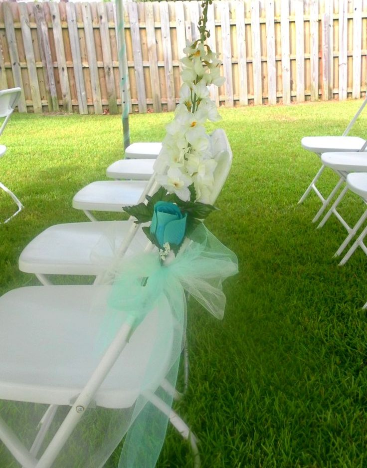 how to decorate wedding chairs decorating folding chairs for a wedding 4922