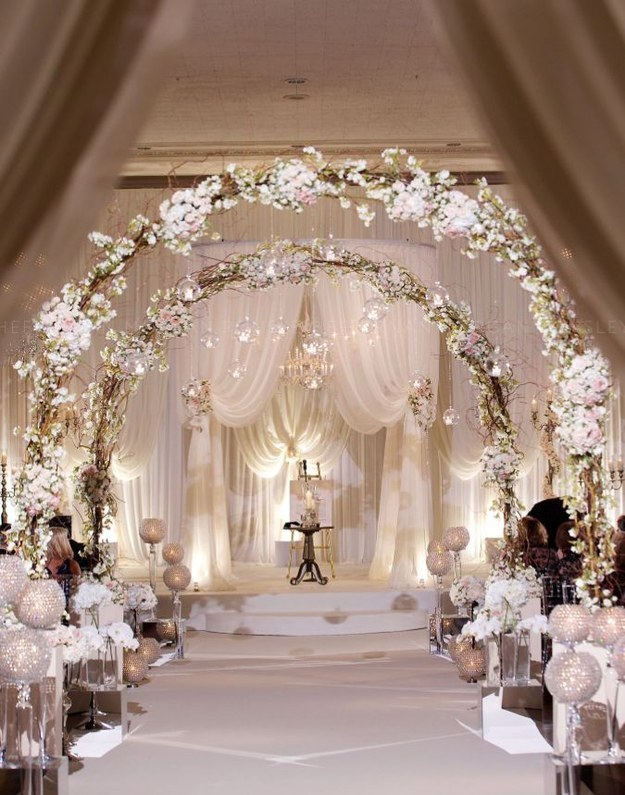 Wedding ceremony decorations church 20 awesome indoor wedding ceremony dcoration ideas junglespirit Gallery