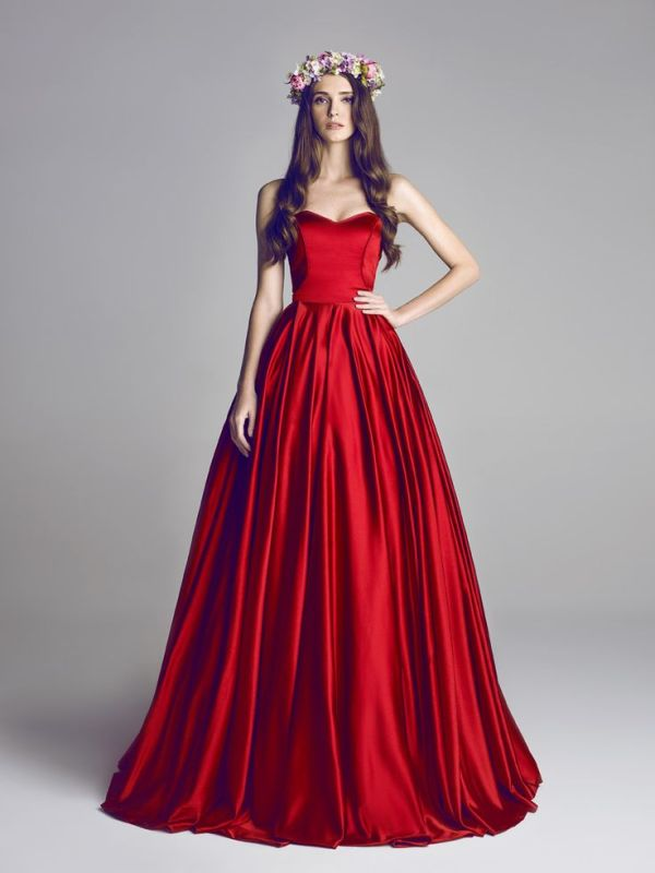 Wedding dress colors 23 fabulous colored wedding dresses ideas to get inspired junglespirit Image collections