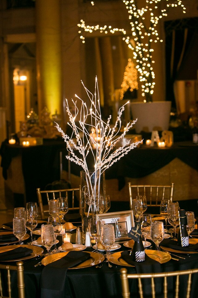 A Golden New Years Eve Wedding