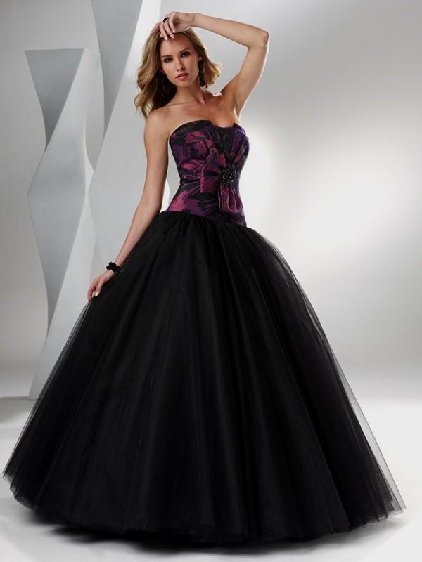 Black and purple wedding dress for Dark purple wedding dresses