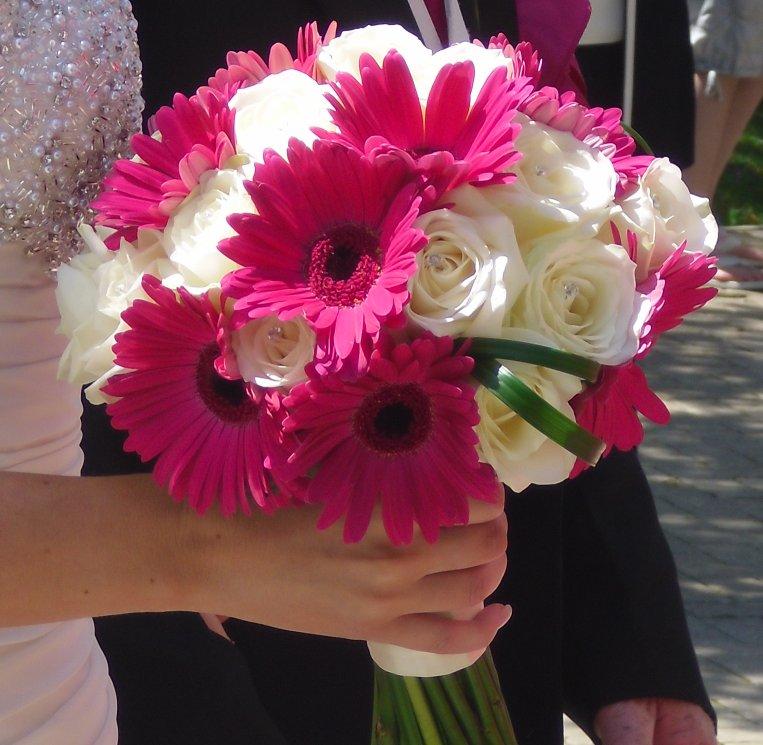 Gerbera Flower Wedding Bouquets: Wedding Bouquets With Gerberas