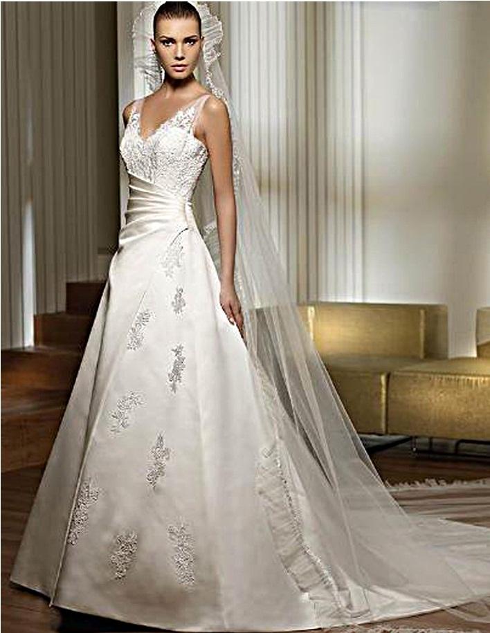 christmas themed wedding dresses | Wedding