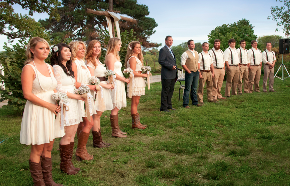 Rustic Wedding Attire For Guests