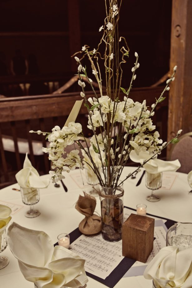 Wedding table glass centerpieces