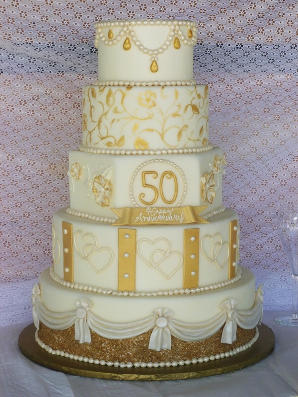 50th golden wedding anniversary cakes for Anniversary cake decoration