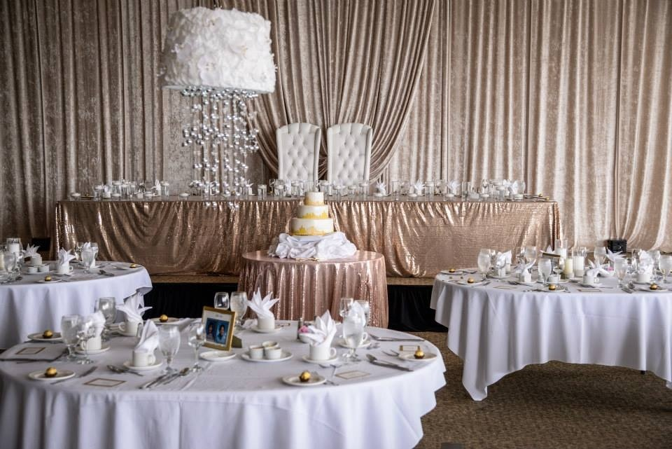 In Need Of Glitter Gold Silver And Must Have Wedding Decor 1000 Images About Pink