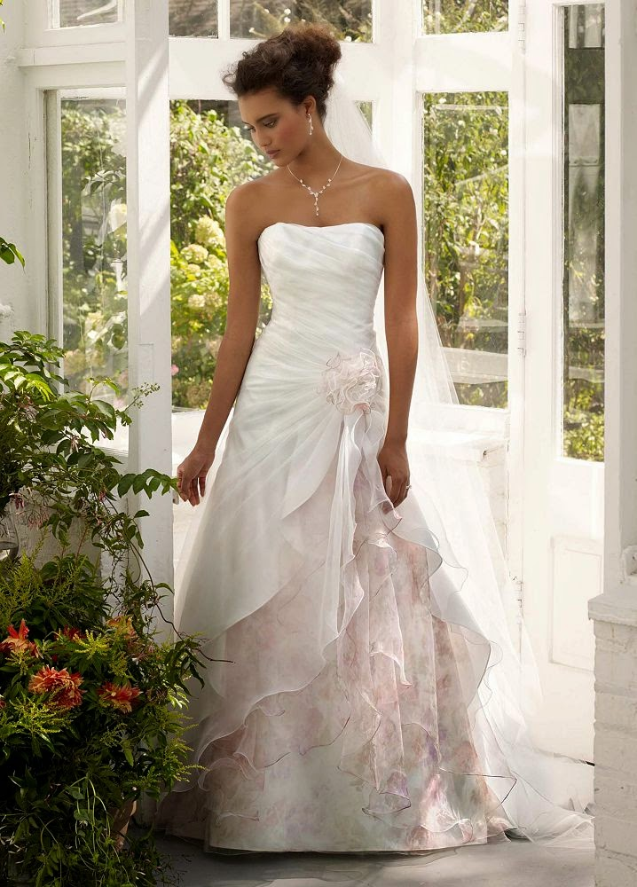 Bridal Gowns For Outdoor Weddings : Outdoor wedding dress