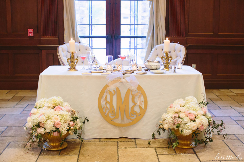 A sweetheart table is the main place at your wedding reception and it should excite and highlight your style and theme. Make an accent on your sweetheart table with a sequin tablecloth, lots of flowers and rhinestones. Continue your décor theme using the same colors, textiles and greenery; don't forget your initials and your Bride&Groom signs on the chairs.