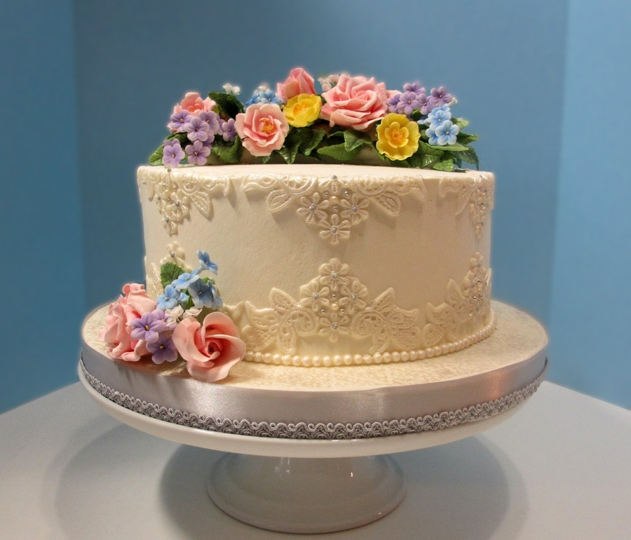 Small Wedding Cakes Pictures