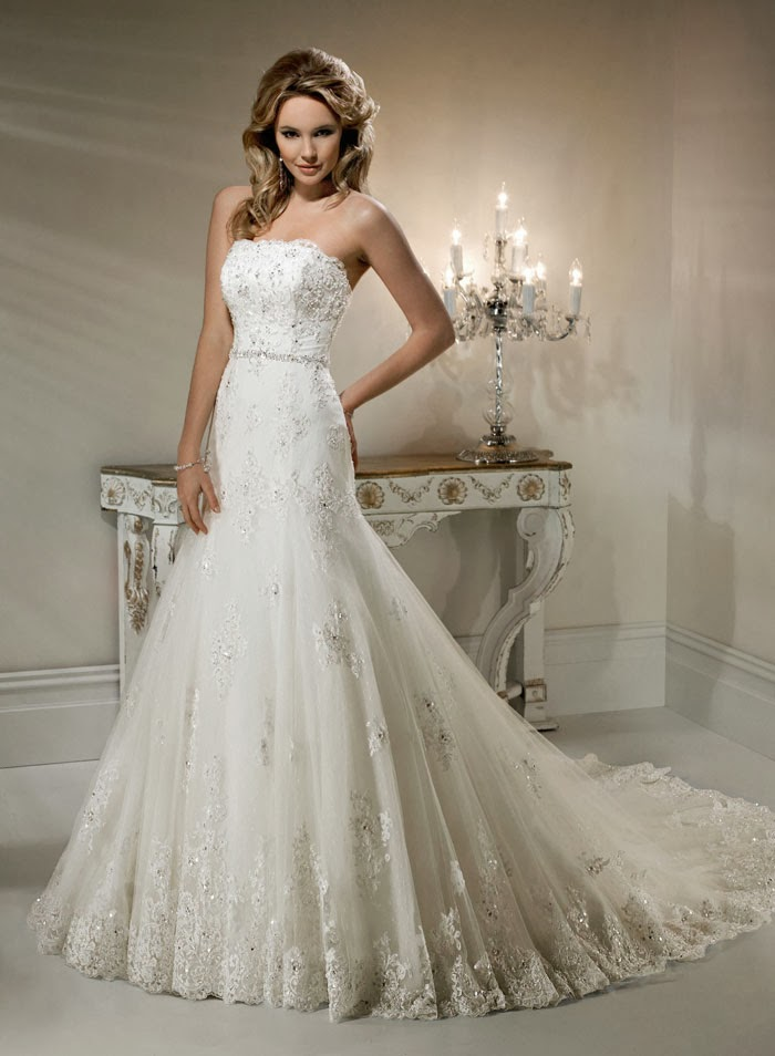 Strapless lace wedding dress strapless lace wedding dress sophisticated houston hotel wedding junglespirit Gallery