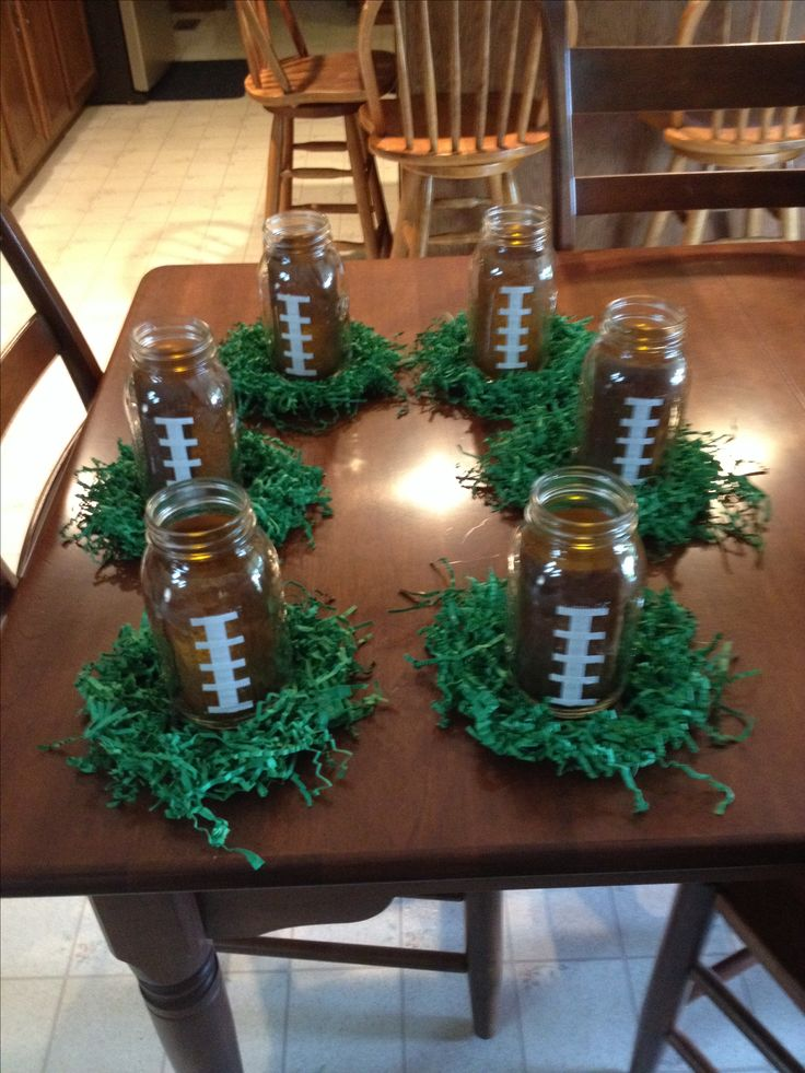 1000 Ideas About Purple Wall Art On Pinterest: Football Wedding Centerpieces