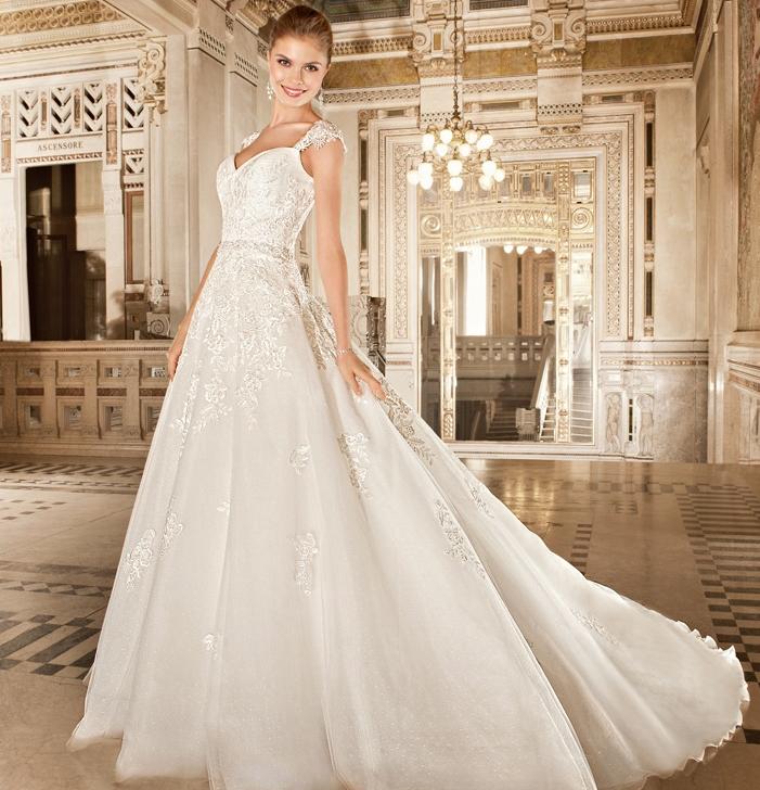 Dimitri wedding dresses