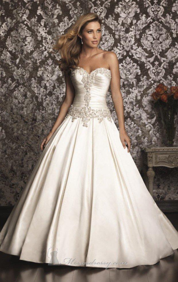Classic Elegant Dresses for Women